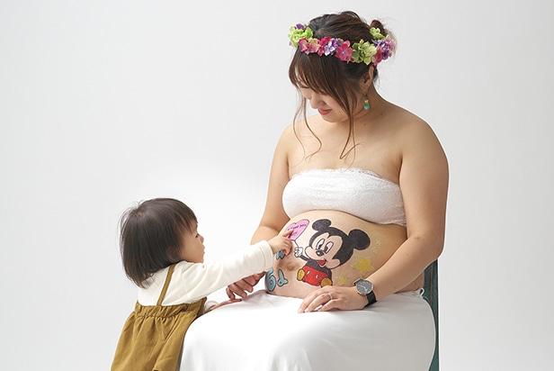 佐藤写真館が選ばれる理由09「体調に合わせながらたくさんのポーズを撮影します」のサムネイル