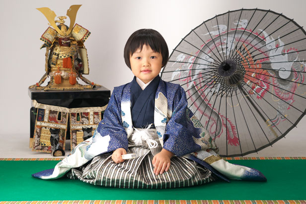 佐藤写真館が選ばれる理由07「小物もちこみ大歓迎!」のサムネイル