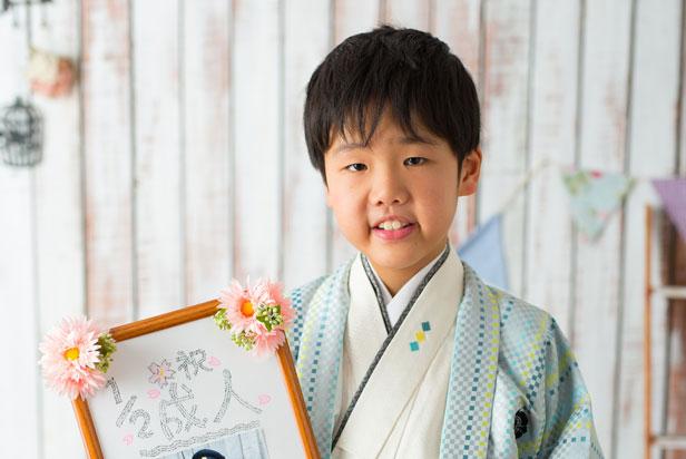 佐藤写真館が選ばれる理由05「小物もちこみ大歓迎!」のサムネイル